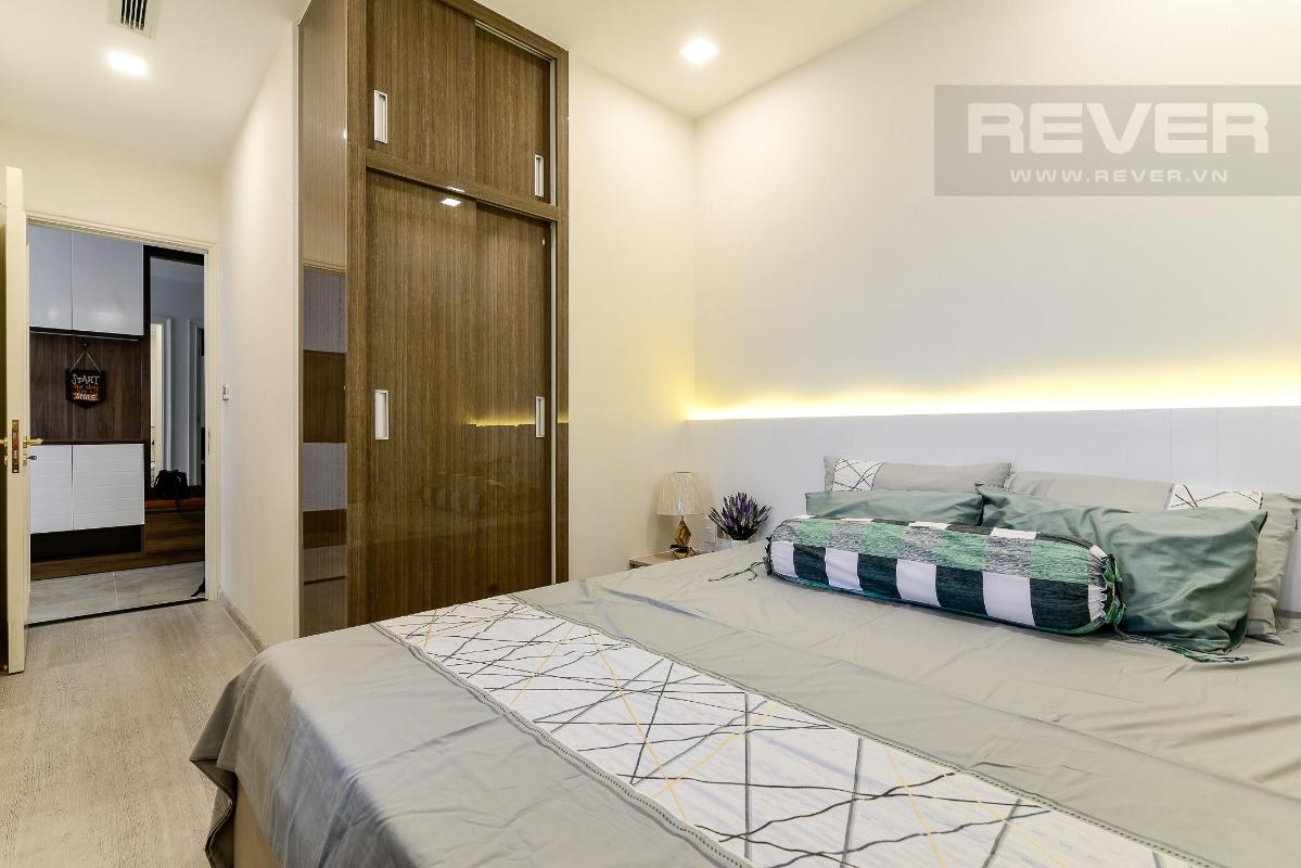 0d56f092efe209bc50f3 Cho thuê căn hộ Vinhomes Golden River 2PN, diện tích 72m2, đầy đủ nội thất, view sông Sài Gòn và Bitexco