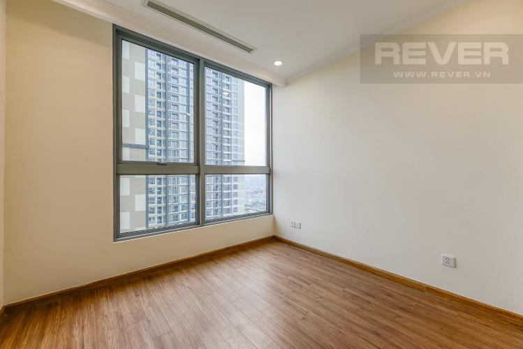 Phòng ngủ 2 Căn hộ Vinhomes Central Park 2 phòng ngủ tầng cao L4 không nội thất