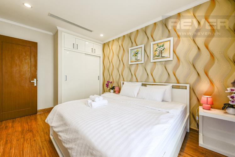 Phòng ngủ Căn hộ Vinhomes Central Park 2 phòng ngủ tầng cao L3 đầy đủ nội thất