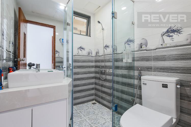Phòng Tắm 1 Căn hộ The Gold View 2 phòng ngủ tầng trung A3 nội thất đầy đủ