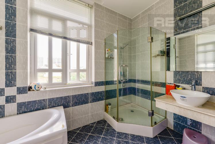 Phòng tắm 2 Nhà phố 10 phòng ngủ đường Lê Hữu Kiều Bình Trưng Tây Quận 2