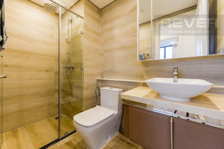 Phòng tắm 2 Căn hộ Vinhomes Golden River tầng cao, view sông, 2PN, nội thất đầy đủ