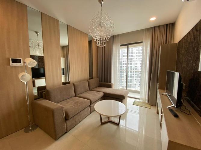 Căn hộ Masteri Millennium đầy đủ nội thất, view thành phố và sông.