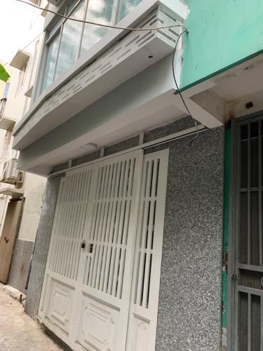 cận cảnh nhà Nhà phố hướng Tây Nam, gần đại lộ Võ Văn Kiệt.