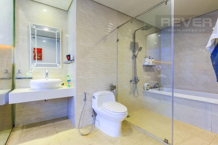Phòng tắm Căn góc Vinhomes Central Park tầng cao Central 3 view sông