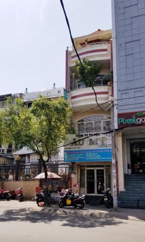Bán nhà mặt tiền Q. Bình Thạnh hướng Đông Bắc, diện tích 4.05x15.8m.