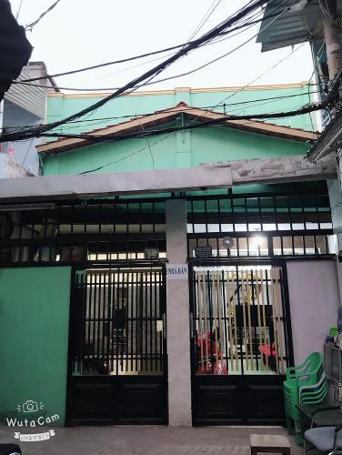 Bán nhà phố đường hẻm Trần Xuân Soạn, phường Tân Hưng, quận 7, diện tích đất 71m2, sổ hồng đầy đủ.