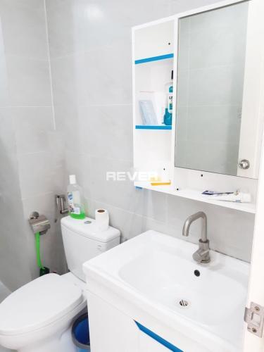 Phòng tắm Viva Riverside, Quận 6 Căn hộ Viva Riverside tầng trung, ban công view thành phố sầm uất.