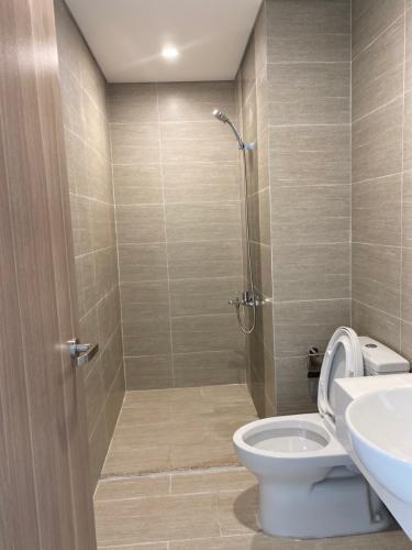 Phòng tắm căn hộ Vinhomes Grand Park Bán căn hộ Vinhomes Grand Park nội thất cơ bản, view Bitexco.