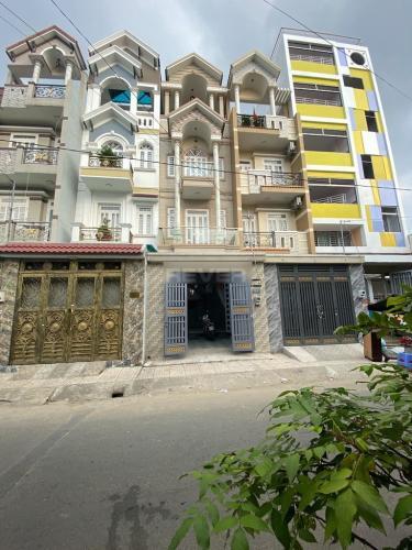 Nhà phố Q.Bình Tân cửa hướng Tây diện tích đất 120m2, có sổ hồng riêng.