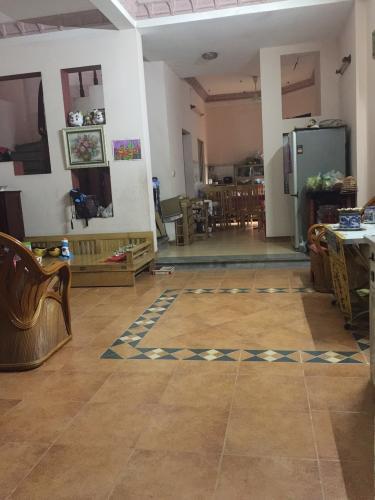 Bán nhà phố 3 tầng hướng Tây đường Lê Quang Định, phường 7 quận Bình Thạnh, 5 phòng ngủ, diện tích đất 109m2, diện tích sử dụng 211.1m2