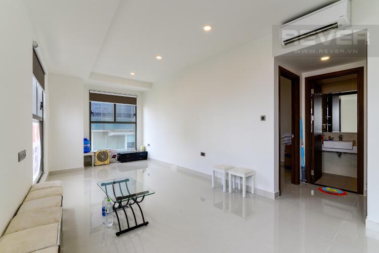 Phòng Khách Bán officetel Saigon Royal 1 phòng ngủ, tầng thấp, nội thất cơ bản, view tháp Bitexco