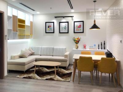 Bán hoặc cho thuê căn hộ Vinhomes Central Park 1PN, tầng cao, diện tích 51m2, đầy đủ nội thất