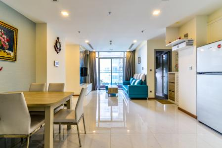 Căn hộ Vinhomes Central Park 2 phòng ngủ tầng cao P6 đầy đủ tiện nghi