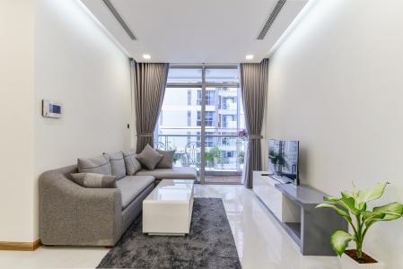 Căn hộ Vinhomes Central Park 2 phòng ngủ tầng cao P4 đầy đủ nội thất