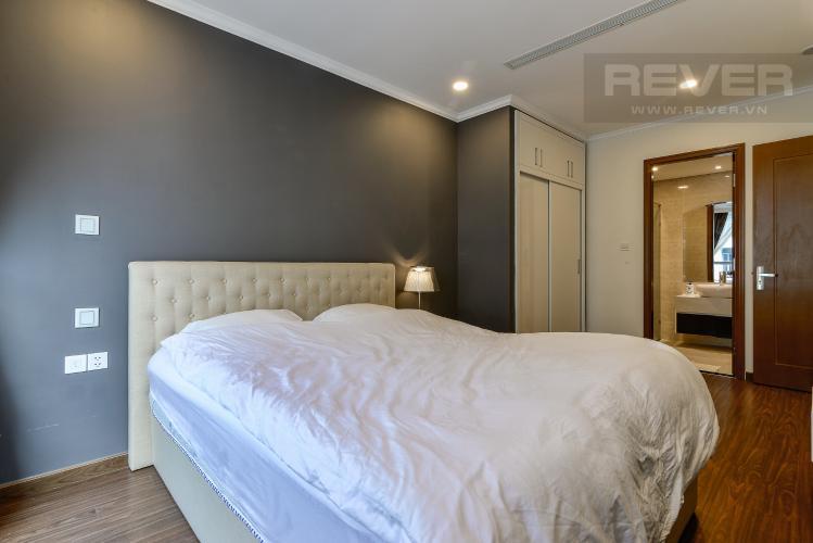 Phòng Ngủ 1 Căn hộ Vinhomes Central Park tầng cao, Landmark 6, 2PN đầy đủ nội thất