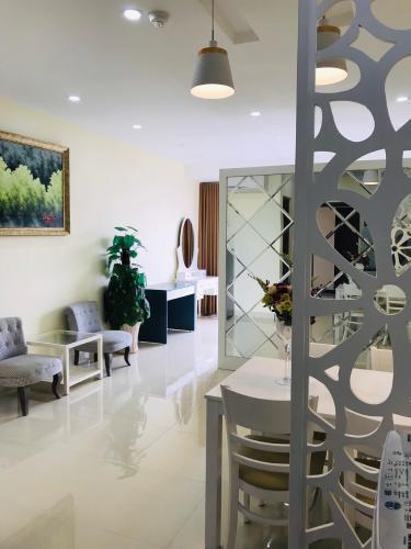 Cho thuê căn hộ The Sun Avenue tầng thấp, diện tích 39.4m2