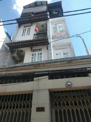 Bán nhà phố 3 tầng hẻm 3m đường Đoàn Văn Bơ, nội thất cơ bản