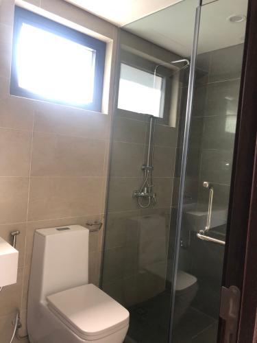 Phòng tắm One Verandah Quận 2 Căn hộ One Verandah tầng trung, nội thất cơ bản.