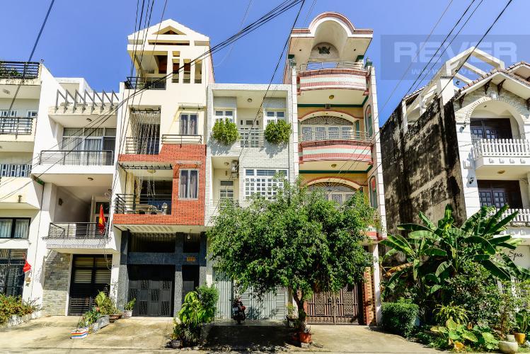 Mặt Tiền Nhà Nhà phố 4 phòng ngủ đường Quốc Hương Thảo Điền Quận 2
