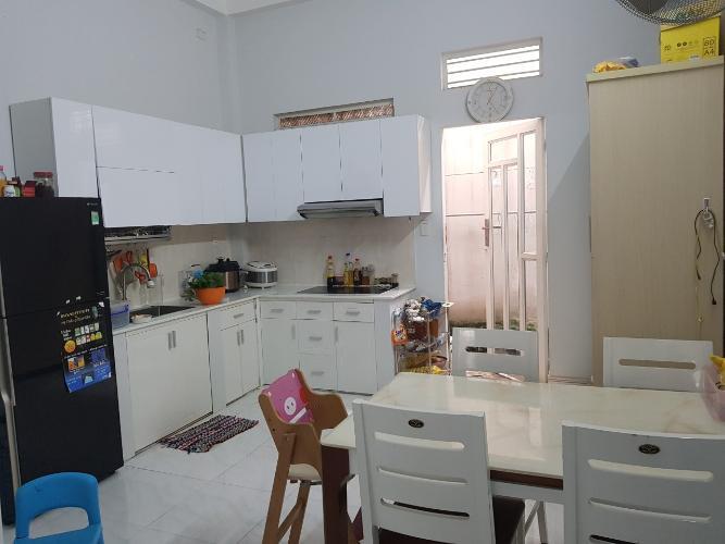 Phòng bếp nhà phố Chuyên Đùng, Quận 7 Nhà phố quận 7, sổ hồng riêng, khu dân cư an ninh.