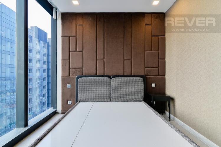 Phòng Ngủ 1 Căn hộ Vinhomes Golden River tầng cao, tháp The Aqua 4, 4PN, view sông Sài Gòn