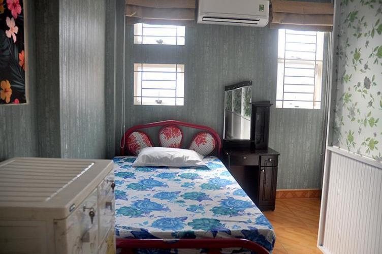 Phòng ngủ nhà Trần Quang Diệu, quận 3 Nhà phố trung tâm quận 3, hướng Nam, nội thất đầy đủ mới.