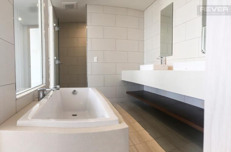 Phòng Tắm 3 Bán căn hộ Waterina Suites 3PN, tầng trung, diện tích 162m2, view hồ bơi