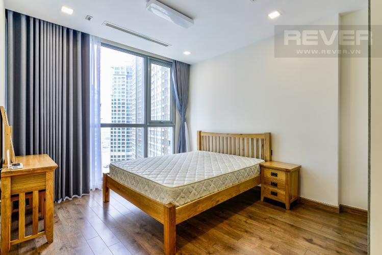 Phòng Ngủ 1 Căn hộ Vinhomes Central Park 2 phòng ngủ tầng cao P4 hướng Tây Nam
