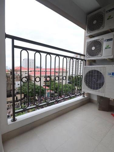 View Saigon Royal  Office-tel Saigon Royal tầng 04 ban công Đông Bắc, đầy đủ nội thất