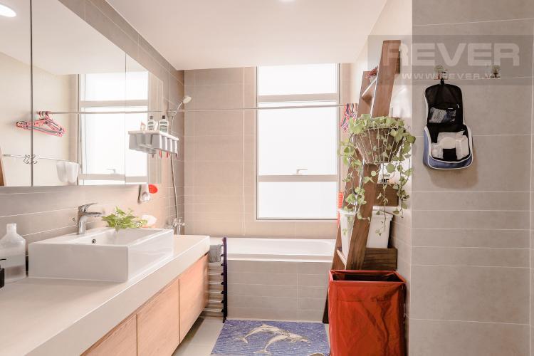 Phòng Tắm 1 Căn hộ Sunrise City tầng cao, khu South, 3PN