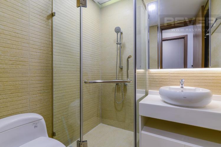 Phòng tắm 1 Căn hộ Vinhomes Central Park tầng cao P5, view sông với 3 phòng ngủ