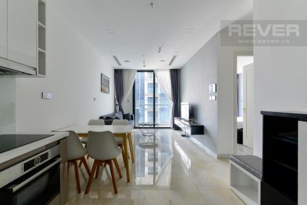 Bán căn hộ Vinhomes Golden River 1PN, tầng 40, đầy đủ nội thất, view thành phố
