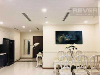 Bán căn hộ Vinhomes Central Park 3 phòng ngủ, tháp Park 3, diện tích 115m2, đầy đủ nội thất, hướng Bắc