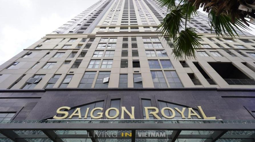 Chung cư Saigon Royal, Quận 4 Officetel Saigon Royal hướng Đông Nam nội thất cơ bản, view nội khu.