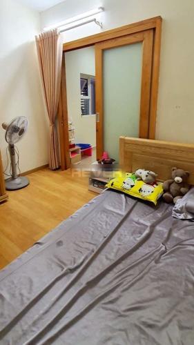 Căn hộ chung cư Oriental Plaza, Tân Phú Căn hộ Oriental Plaza tầng 11 nội thất cơ bản, view thành phố.