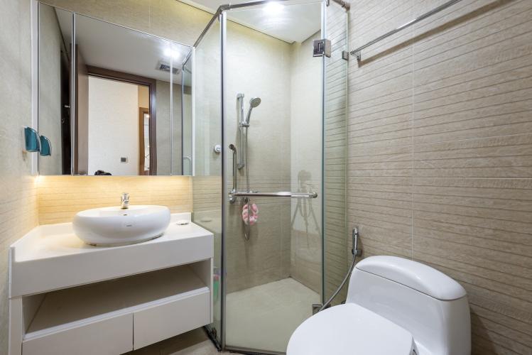 Phòng tắm Vinhomes Central Park Căn hộ Vinhomes Central Park hướng Bắc, view Landmark 81.