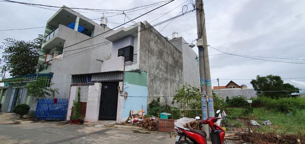 Bán đất nền đường Trường Lưu, diện tích đất 50m2, chiều rộng 4.77m, chiều dài 10.22m, sổ hồng đầy đủ, sang tên nhanh chóng.