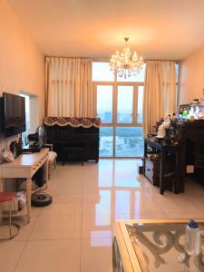 Bán hoặc cho thuê căn hộ The Vista An Phú 3PN, đầy đủ nội thất, view Sky Garden và Xa lộ Hà Nội