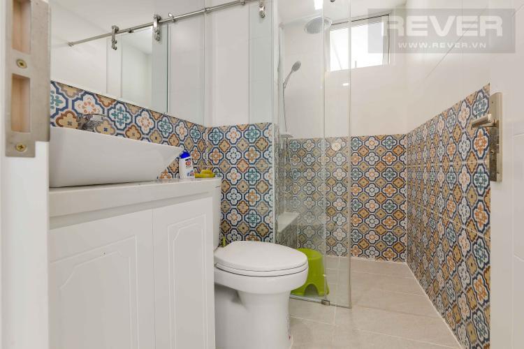 Toilet 1 Căn hộ Vista Verde tầng cao 3 phòng ngủ, diện tích rộng rãi