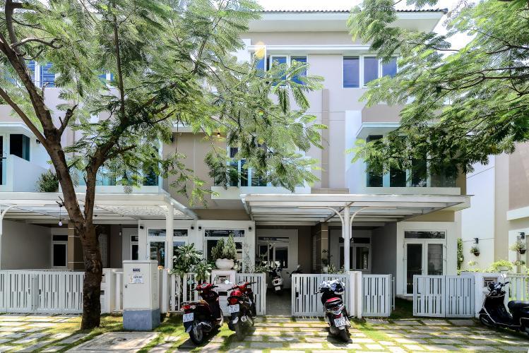 Cho thuê nhà phố 3 tầng, 4PN, đường Liên Phường, Q.9, đầy đủ nội thất, diện tích đất 90m2