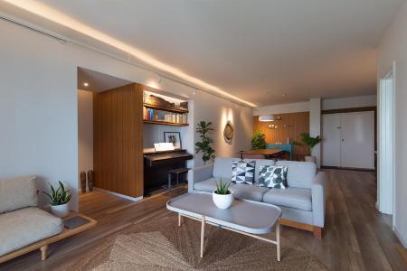 Bán hoặc cho thuê căn hộ Parkland 2PN, tầng 8, đầy đủ nội thất, ban công hướng Nam