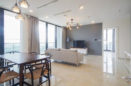 Bán hoặc cho thuê căn hộ Vinhomes Golden River 3PN, tầng trung, đầy đủ nội thất, view sông Sài Gòn và Bitexco