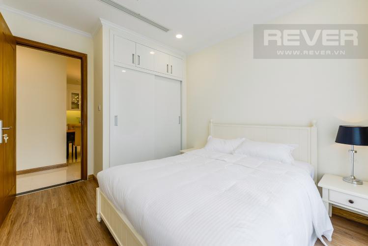 Phòng ngủ 2 Căn hộ Vinhomes Central Park tầng cao, 3PN, đầy đủ nội thất