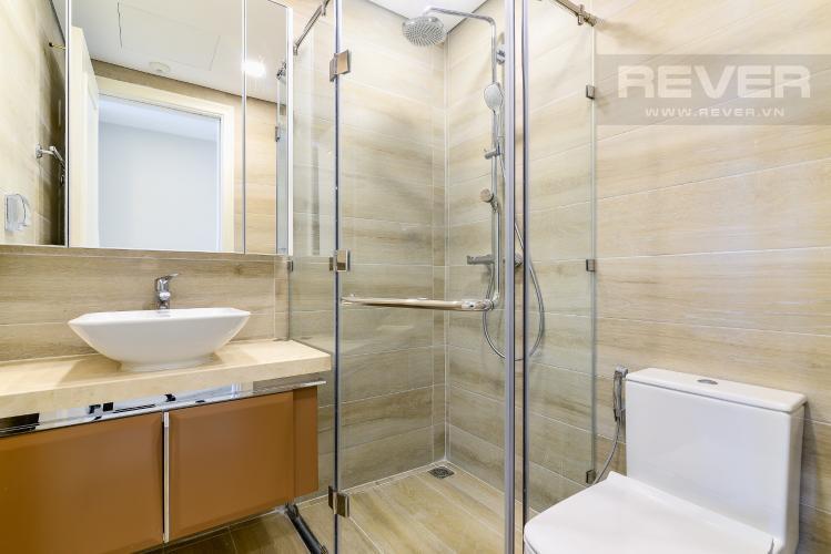 Phòng Tắm 1 Căn hộ Vinhomes Golden River 2 phòng ngủ tầng cao A4 view sông