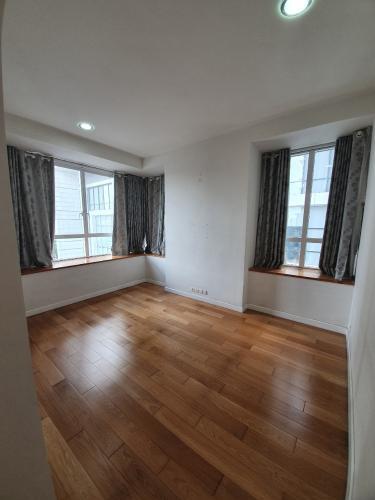 a8e6e752e2e906b75ff8.jpg Bán căn hộ Sunrise City 2 phòng ngủ, diện tích 106m2, nội thất cơ bản, hướng Nam