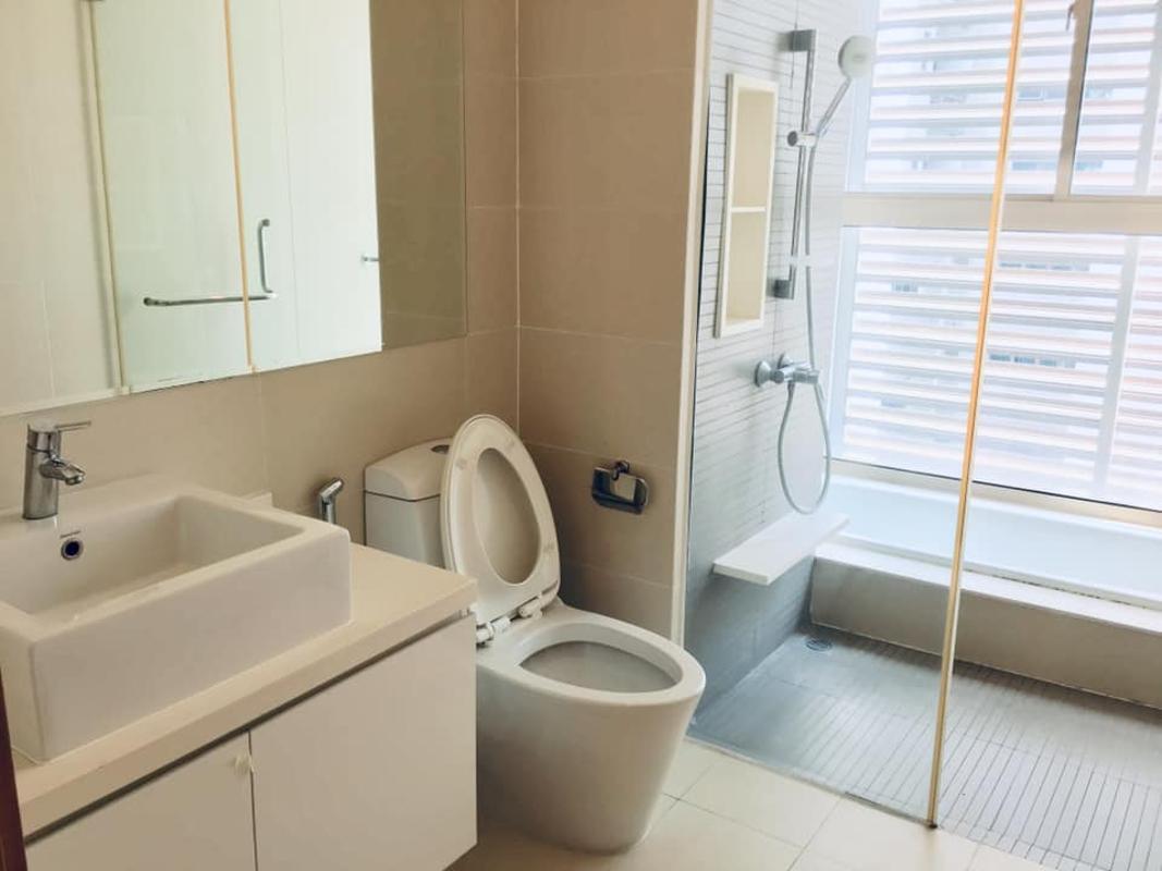 Phòng tắm Bán hoặc cho thuê căn hộ The Vista An Phú 3PN, tháp T4, nội thất cơ bản, căn góc view thoáng