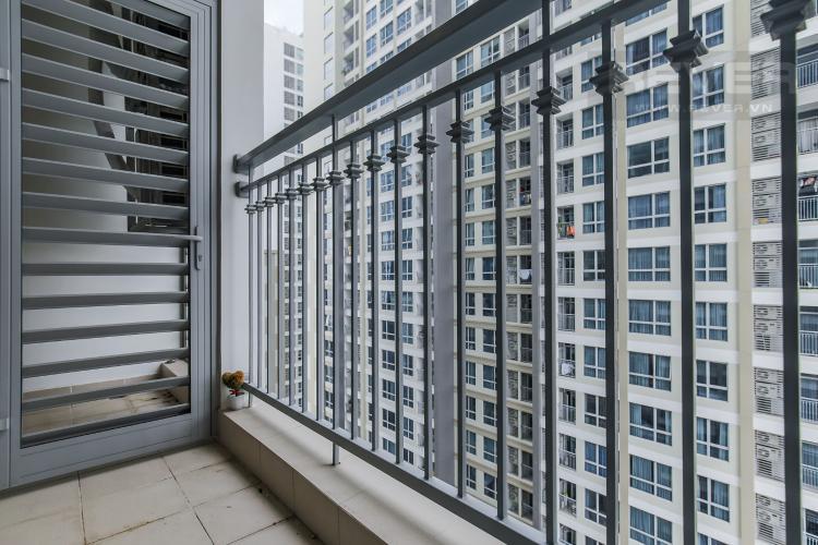 Balcony Cho thuê căn hộ Vinhomes Central Park 2PN tầng trung, diện tích 71m2, đầy đủ nội thất