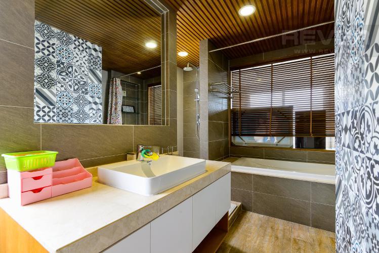 Phòng Tắm 2 Bán căn hộ Tropic Garden 3 phòng ngủ tầng cao, đầy đủ nội thất, không gian yên tĩnh, mát mẻ