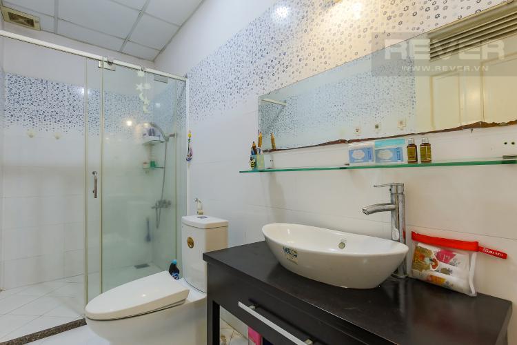Phòng Tắm 1 Chung Cư Khánh Hội hướng Đông Nam, 2 phòng ngủ nội thất đầy đủ